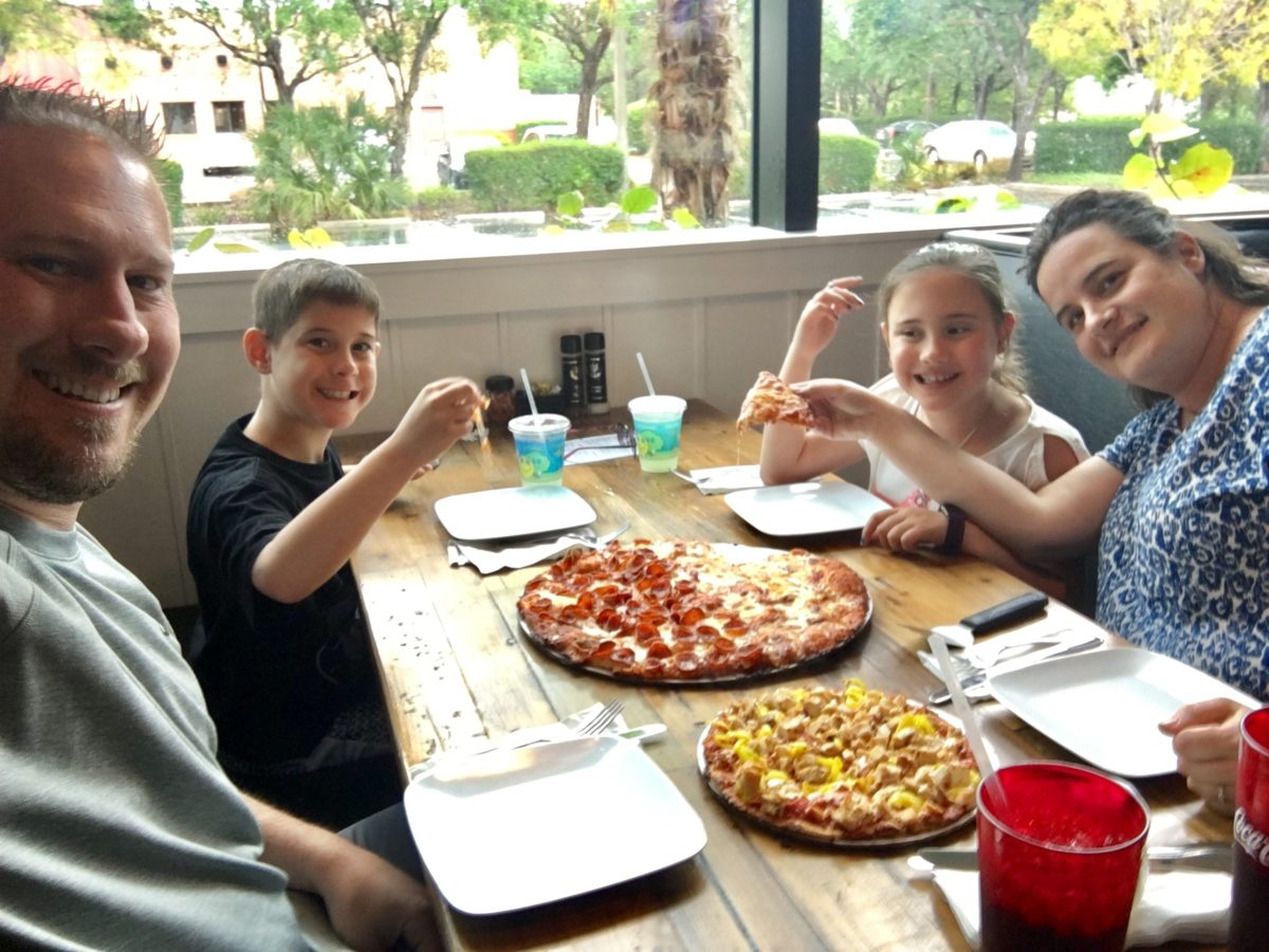 3 Family Friendly Restaurants In Naples Florida