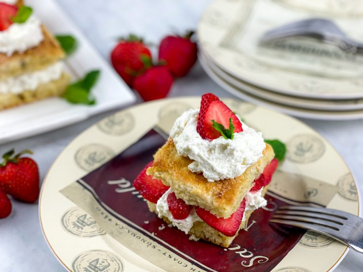 trawberry Shortcake with Sweet Biscuits